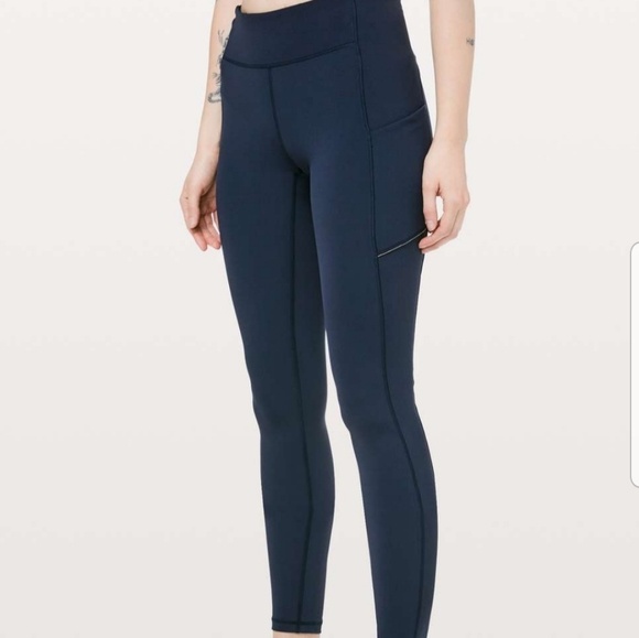 Lululemon leggings size 2 speed up tight